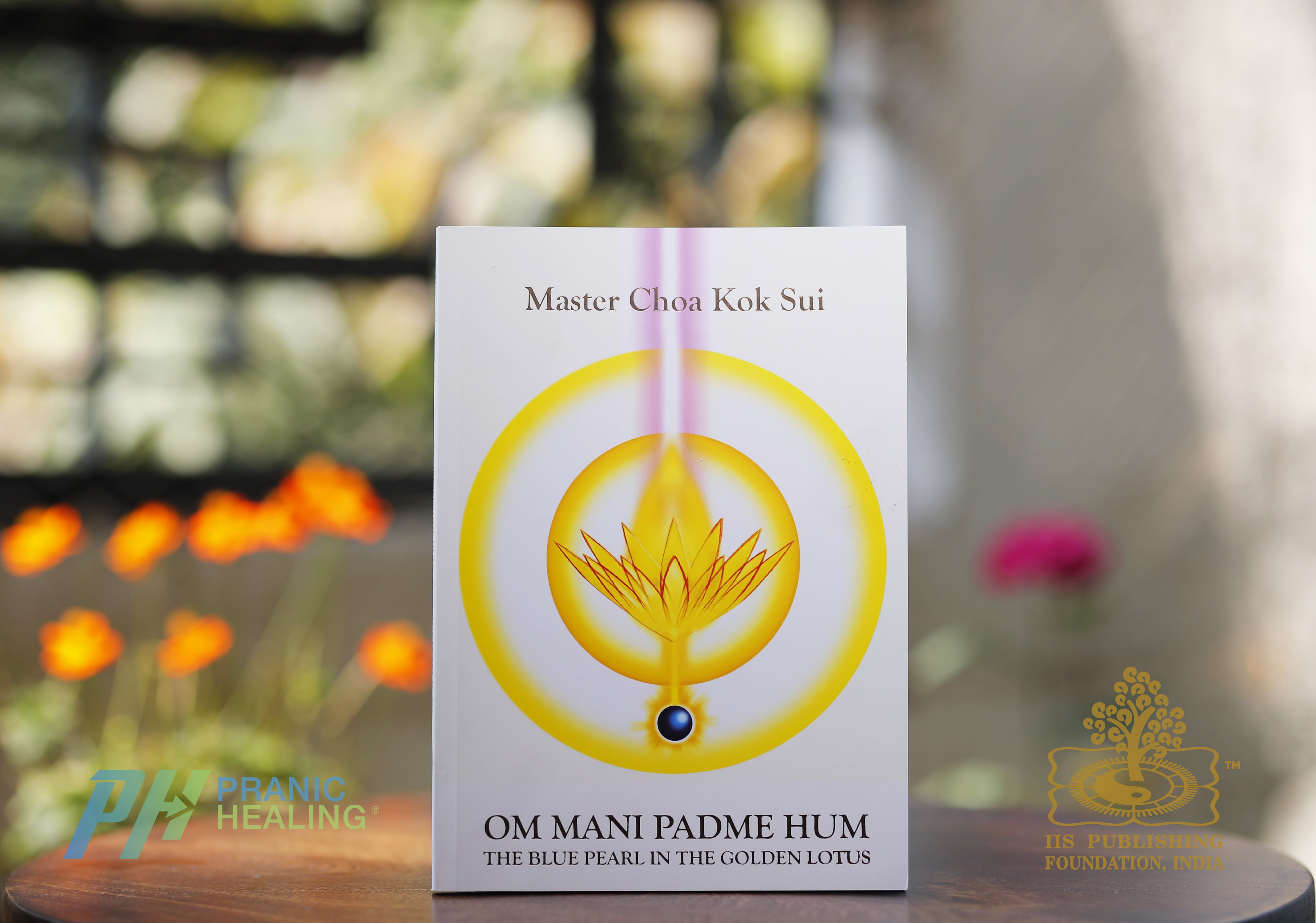 https://shop.pranichealingmumbai.com/products/om-mani-padme-hum-book